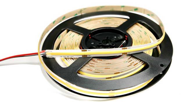 Pisteetön COB LED nauha