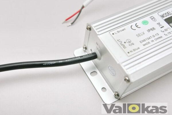 24V 100W jännitelähde liitosjohto vesitiivis IP66