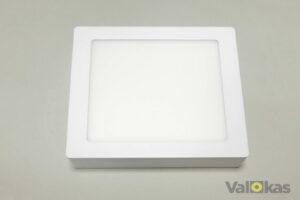 Neliskulmainen pinta-asennetava LED paneeli